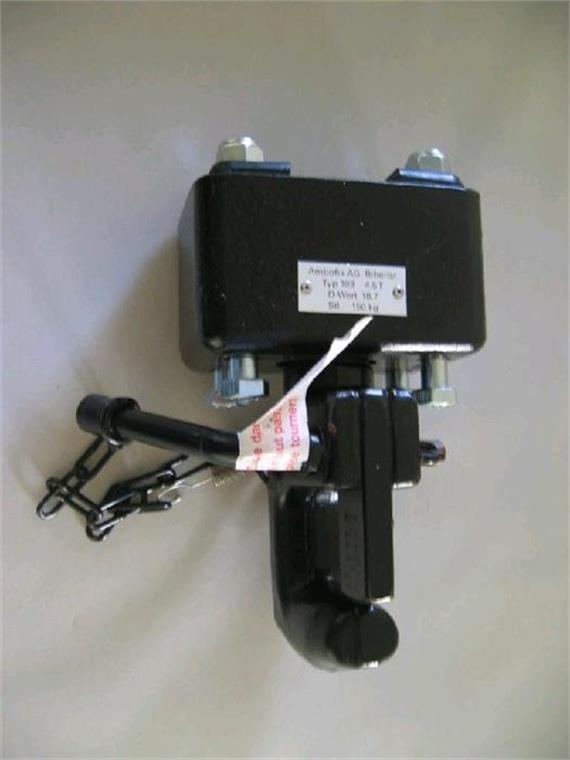 Hakenkupplung 4.5 to LB 85x45 M12 gefedert - Montageplatz