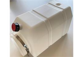 Hydrauliktank 7 Liter ohne Dichtung inkl. aller Stopfen und Befestigungsbride